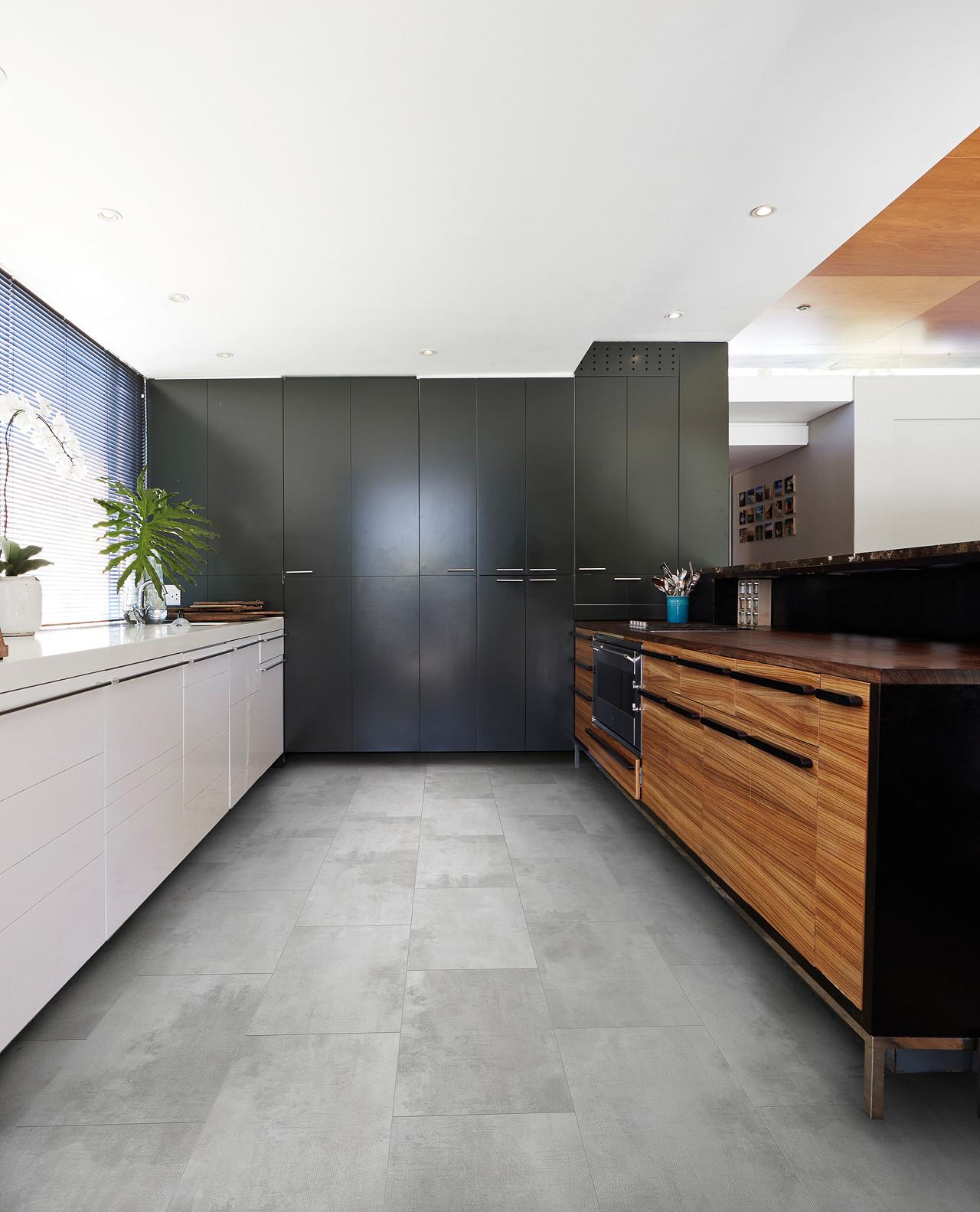 panele podłogowe winylowe w kuchni